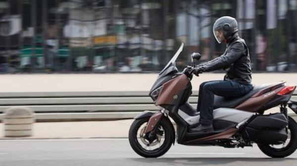 New Yamaha X MAX 300 2020: Prices, Specs, Photos