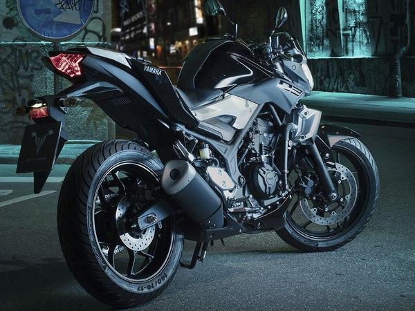 Yamaha MT-03 2021 melhora sem grandes mudanças