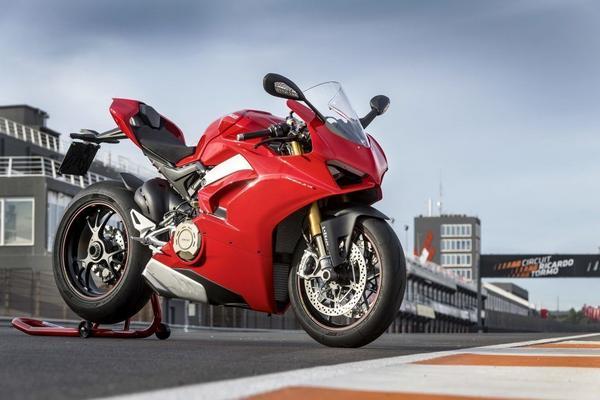 New Ducati Panigale 1299 2020
