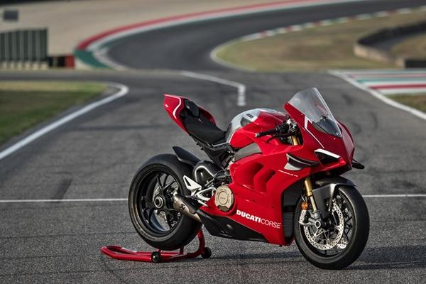New Ducati Panigale V4 R 2020